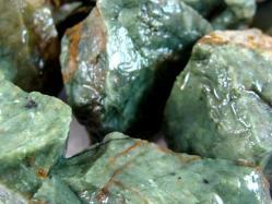 chrysoprase rough rocks