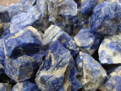 sodalite rough stones