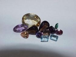 faceted mixed quartz gemstone lot