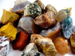 agate and jasper rough