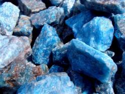 apatite rough stone